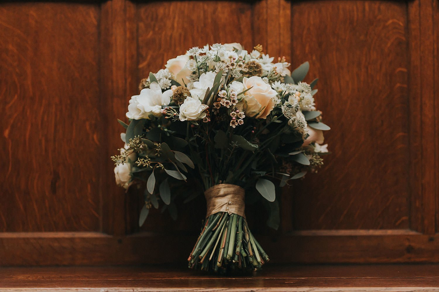flowers at woodhall manor wedding