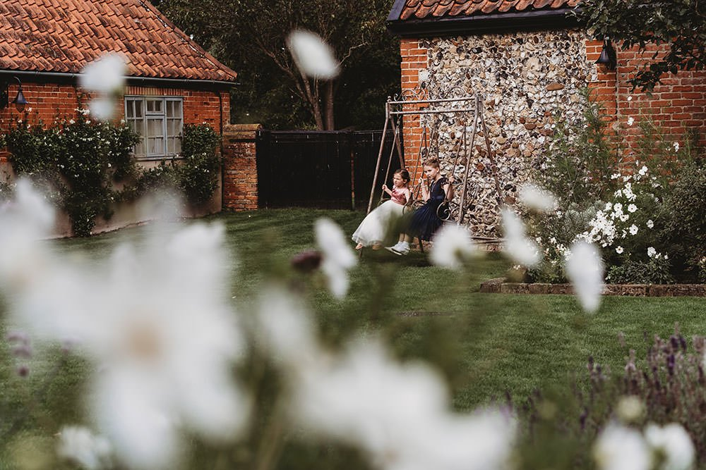 Grace & Chip / Granary Barns 36